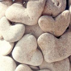 hearts on stone.1