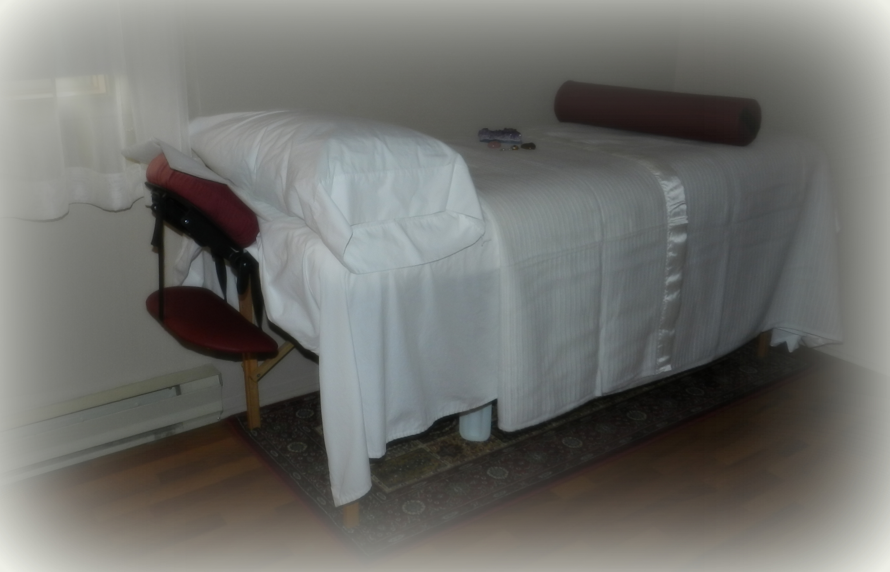 reiki treatment room La Luz Therapy www.laluztherapy Lucy Toppetta