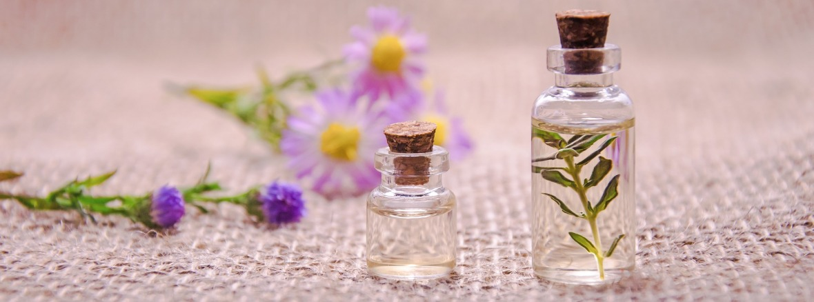 essential oils, apothecary, bath salts, sprays, la luz therapy